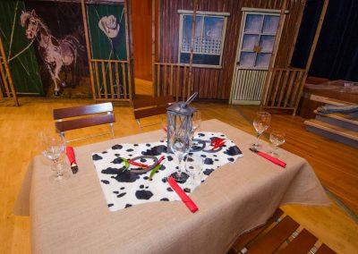 Western Tisch-Deko für einen Einzeltisch mit Kuhfell-Imitat